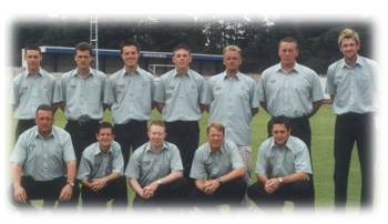 2002 Worsley Cup Final team with professional, Mark Higgs